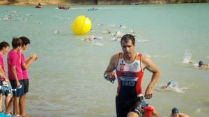 Fernando de Marcos tras finalizar el segmento de natación
