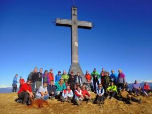 El grupo en la Cruz de Oroel.